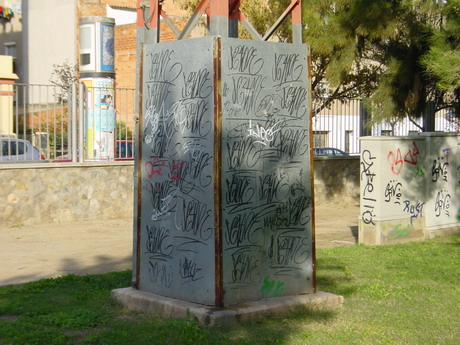 postes re-pintats : BALD03121202.jpg