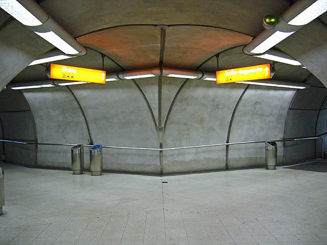 baldiri : bilbao metro : BALDIRI06072202.jpg