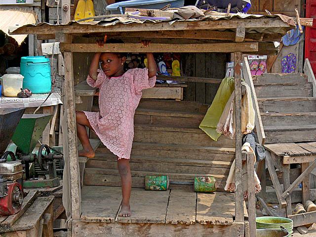 baldiri : market girl : BALDIRI07030101.jpg