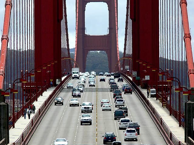 baldiri : golden gate traffic : BALDIRI07051201.jpg